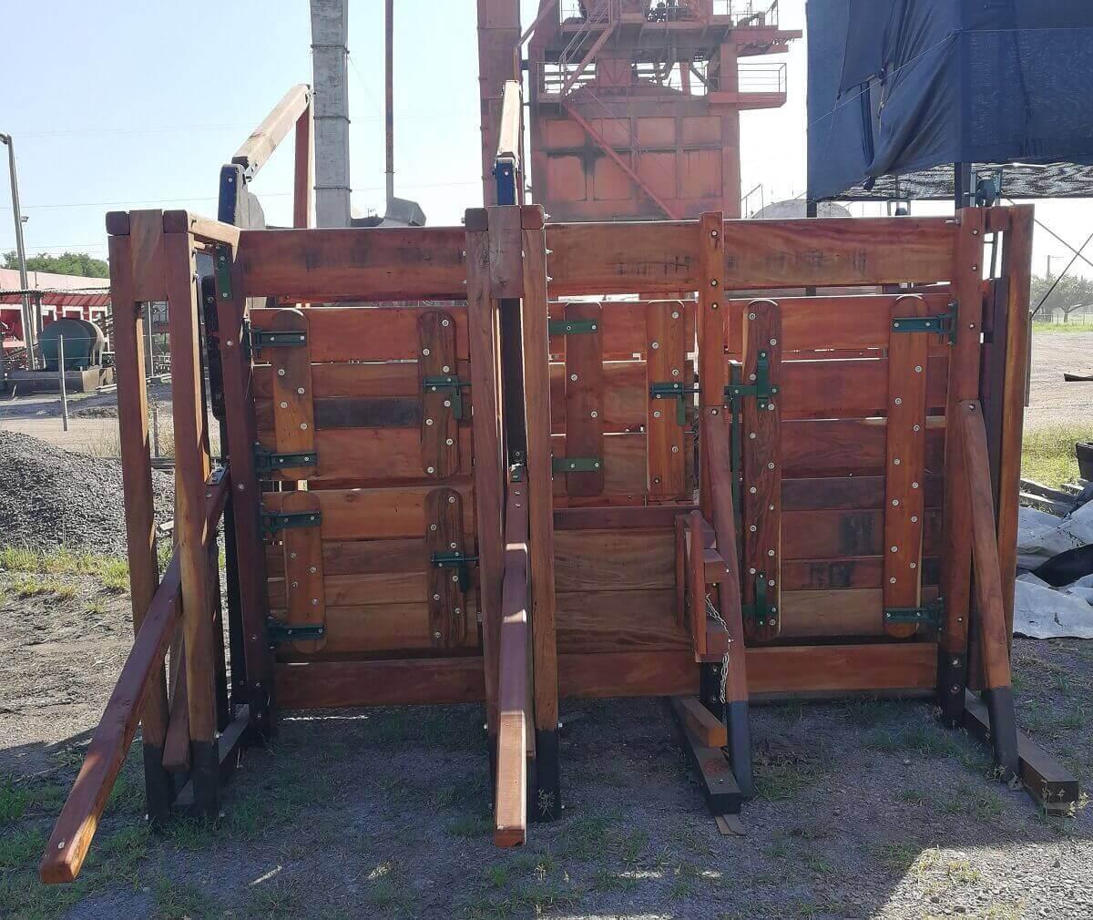 casilla de operar con puertas para manejo y bienestar de hacienda