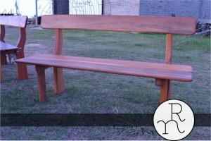 imagen banco de madera para exterior