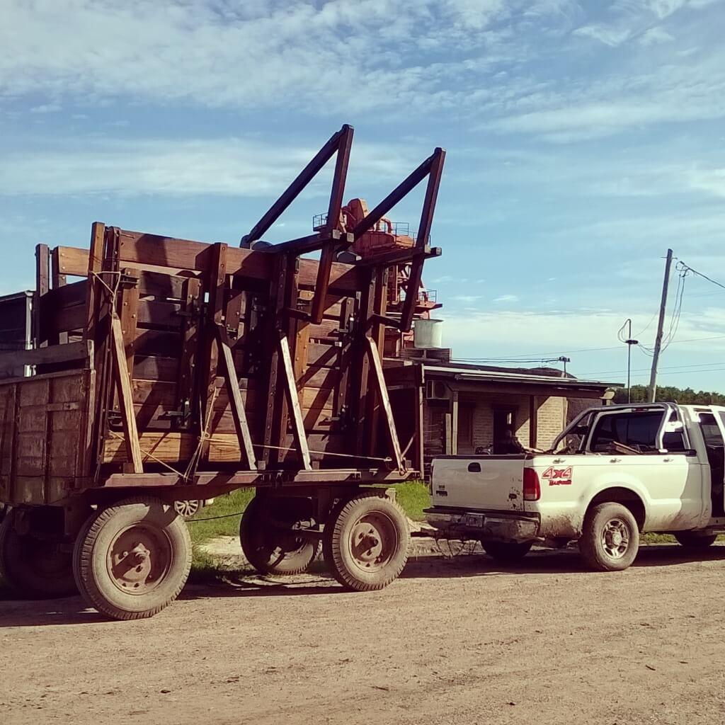 fletes traslado instalacion de articulos rurales ganaderos servicios carpinteria aserradero